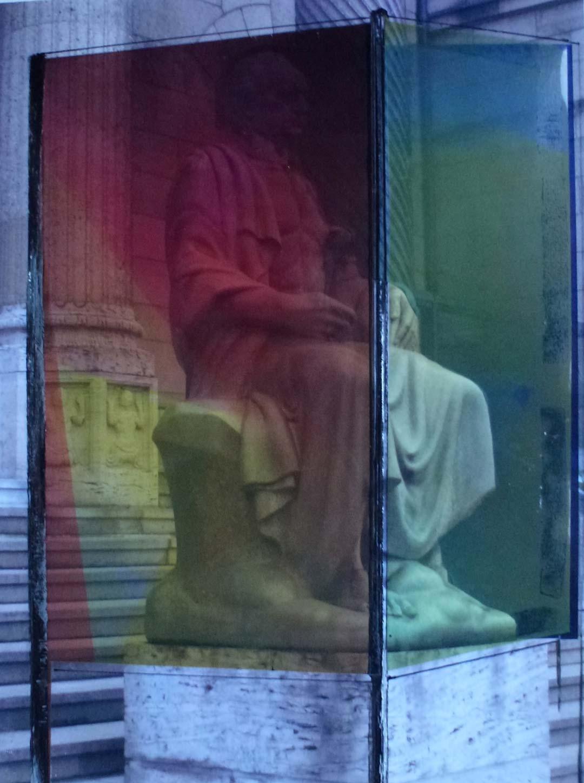 """Goethe im """"Farbgewand"""", eine Idee der Wiesbadener Künstlerin Renate Reifert. Foto: Renate Reifert"""
