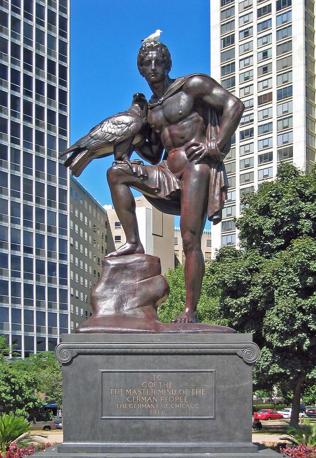 Zum Vergleich: Die Goethe-Statue in Chicago