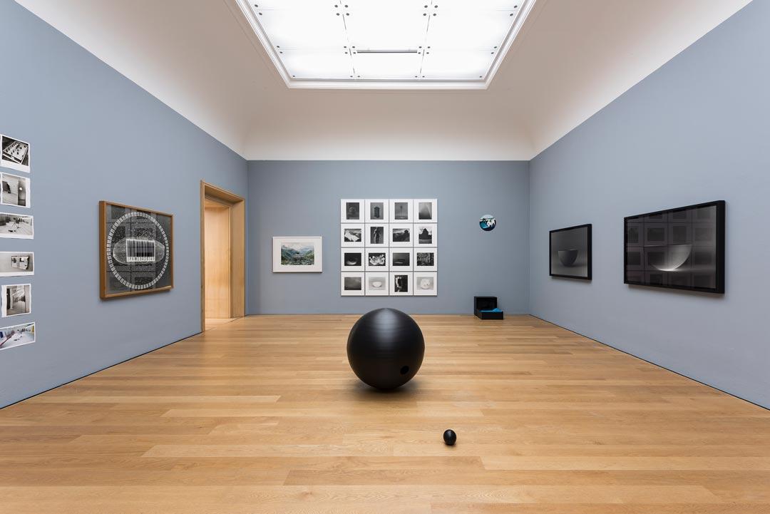 "Katase Katazuke, ""Formung"" (Foto: Museum Wiesbaden/Bernd Fickert)"