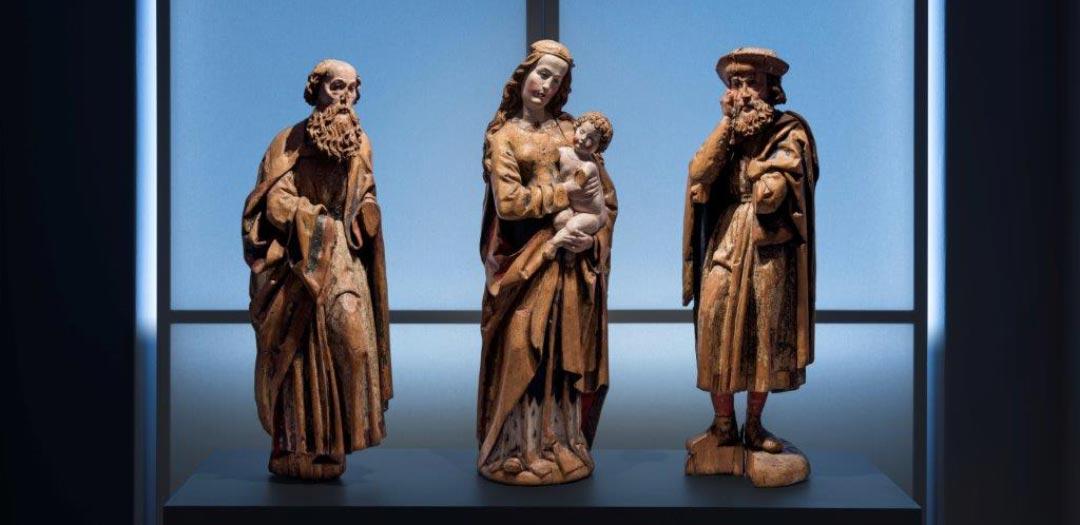 Mittelrhein – Heiliger Paulus, Madonna, Heiliger Jakobus, um 1500 (Foto: Bernd Fickert/ Museum Wiesbaden)
